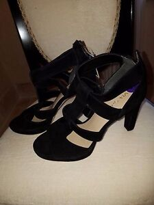 VIA SPIGA WOMEN'S BLACK SUEDE LEATHER SHOES ZIPPERED 4 INCH HEELS 8 1/2 NEW