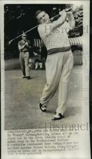 1951 Press Photo Golfer Ed Oliver Of Seattle Tees Off At Oakmont, Pennsylvania