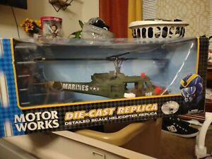 Motorworks Metal Diecast Replica 1:32 scale helicopter