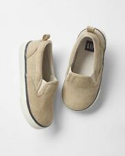 GAP Baby / Toddler Boys NWT Size 6 Tan / Beige Slip-On Canvas Sneakers Shoes