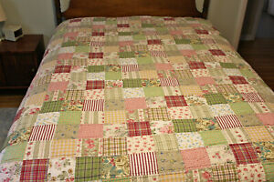 """Pottery Barn Patchwork Quilt 69"""" x 64""""   Twin Size"""