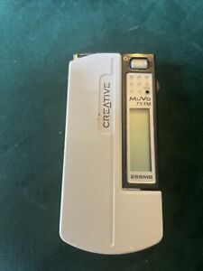Creative Muvo TX FM 256MB White Mp3 Player ( works with one AAA battery )
