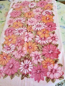 "Vintage Cannon Monticello Aloha Pink Green Orange Floral Bath Towel 24"" x 40"""