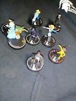 Heroclix 7 piece lot DC Comics Heroclix Figures