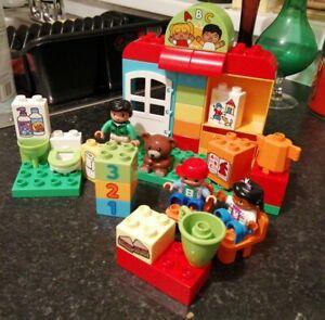 LEGO DUPLO 10833 MY TOWN PRESCHOOL NURSERY COMPLETE LOVELY CONDITION XMAS FUN
