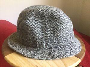 Dunn & Co Harris Tweed Men's Wool Hat, Grey Herringbone Design. 58cm, VGC.