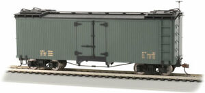 Bachmann - Wood Reefer - Ready to Run -- Data Only (green) - On30