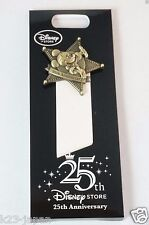 Disney Store JAPAN Pin 25th Anniversary Golden Mickey + Card Not For Sale JDS