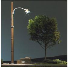 Woodland Scenics 5630 - HO Wooden Pole Street Lights