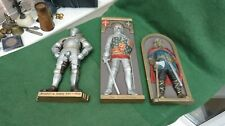 GROUP OF THREE RESIN FIGURES IN ARMOUR BLACK PRINCE / VIKING / HENRY VIII