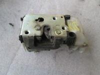 FIAT Punto Van 1.3 Mtj 51KW Remplacement Fermeture Serrure avant Droite 4653599