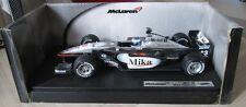 F1 1/18 MCLAREN MP4/16 MERCEDES HAKKINEN 2001 HOTWHEELS