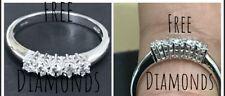 Anello veretta oro bianco 18 kt con  5 diamanti naturali   ct 0,15