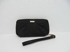 Travelon Zip Around  Black Wristlet Travel Wallet NWOT