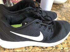 trainers Run Free & Flexible Size 9 Nike