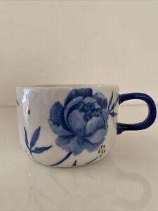 Anthropologie Tile Tile Testo Azure coffee mug Navy Floral Stoneware New NWT