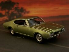 1969 69 OLDS OLDSMOBILE 442 CUTLASS COLLECTIBLE 1/64 SCALE MODEL DIORAMA REPLICA