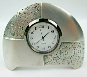 Gail Ahlers Quartz Clock Mounted in a Brushed Pewter Display Stand New Battery