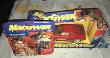 MACGYVER TOY ACTION FIGURE AND FERRARI GLASSLITE BRAZIL RICHARD DEAN ANDERSON