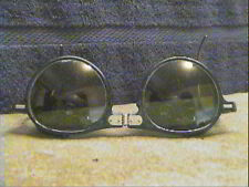 VINTAGE GREEN FOLDING SAFETY GLASSES / MOTORCYCLE GOGGLES