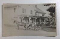 RPPC East Tilton Post Office NH Horse & Buggy Postard 1909 P184