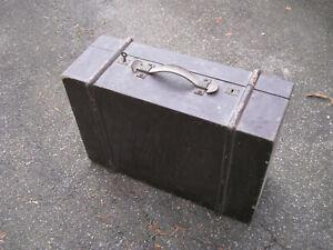 Alter Holzkoffer Vintage abschließbar