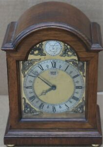 BEAUTIFUL QUALITY SMALL WOODEN CASED DENT OF LONDON STRIKING MANTEL CLOCK