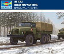 RUSSIAN URAL-4320 TRUCK 1/35 tank Trumpeter model kit 01012