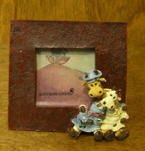 Boyds Mini Frame #4003 Stretch & Skye, NIB from our Retail Store,