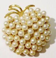 broche vintage pomme tout de perle nacré relief couleur or qualité 4486