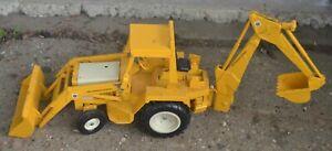 ERTL INTERNATIONAL IH LOADER BACKHOE TRACTOR Old Toy 1/16 1970's Complete
