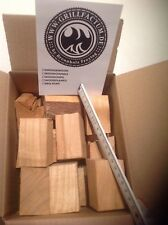 GRILLFACTUM Kirsche Chunks 1,5 kg Smoker Wood Räucherholz Chunks Kirschholz