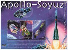 1975 APOLLO-SOYUZ Test Project / Apollo 18 Space Stamp Sheet (2000 Sierra Leone)
