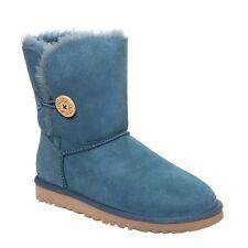 UGG Australia Womens Bailey Button 5803 Twinface Sheepskin Short Winter Boots