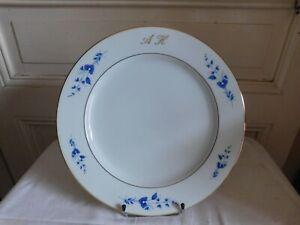 La Seynie For Arnauld of Brissac Soup Plate Decor Flowers Blue Lines White Gold