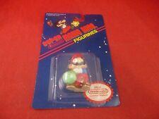 Super Mario Bros. Nintendo NES Toy Figurine Mario w/ Vegetable Applause 1989 NEW