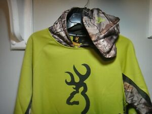 Browning & Realtree xtra Mens Antler Pull over Hoddie Color Dark Citron Size SM
