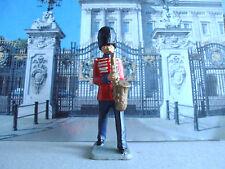 Vintage Kellogg's Guard bandsman playing saxapohone 1:32 painted