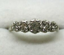 Lovely 9 carat Gold And Palladium Five Stone White Topaz Ring Size R