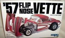 mpc 1/25 1957 Chevy Corvette Flip Nose Street Machine
