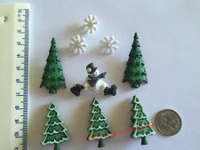 Christmas Novelty buttons Smiling snowmansnowflakes and green tress 2482