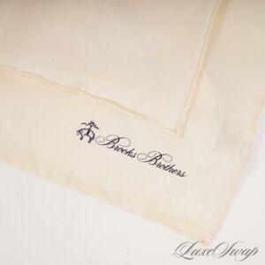 NWT # MENSWEAR Brooks Brothers 100% Silk Solid Creme Vanilla Pocket Square NR