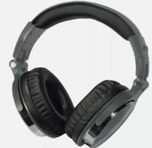 BLAUPUNKT(R) BP1733 Blaupunkt Premium Bluetooth Over-the-Ear Headphones with ...