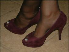 Guess Burgundy Open toe platform Heels size 10  ,, FREE Shipping !!p