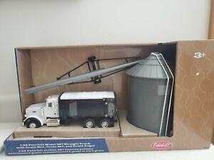Peterbuilt 397 Straight Truck W Grainbox, Grain Bin, Grain Auger 1/32 TOMY