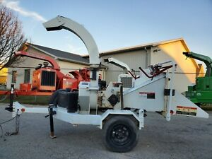 """2013 Altec DC610 6"""" Disc Brush Wood Chipper ONLY 569 HOURS Auto Feed Honda Motor"""