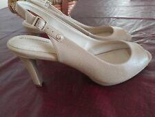 Giani Bernini Womens Peep Toe Sling Back Sandals Beige