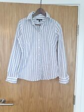 Banana Republic White Blue Striped Women's Shirt. Non Iron Fitted. Size Us6, UK
