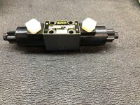Brand New PARKER D1VW004CNJWMRS24 Solenoid Operated Hydraulic Directional Valve