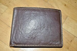 FOSSIL Men's Brown Genuine Leather Bifold Wallet, Boxed